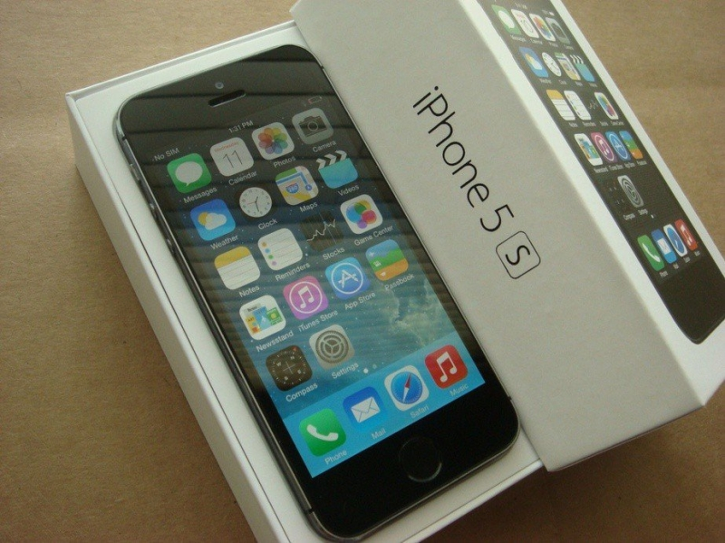 Apple Iphone 5 S 16 GB Новый