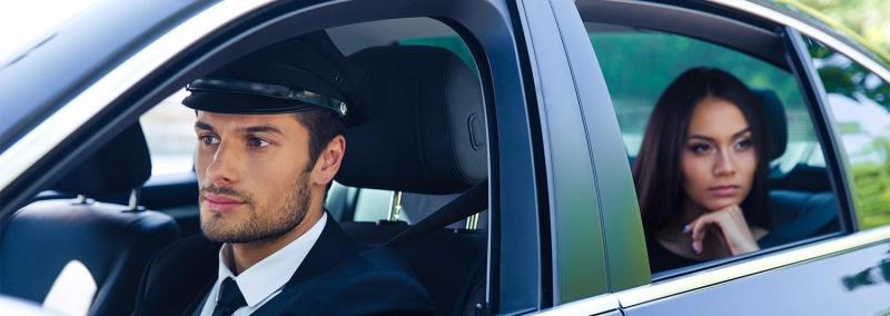 Приглашаем водителя с личным автомобилем....