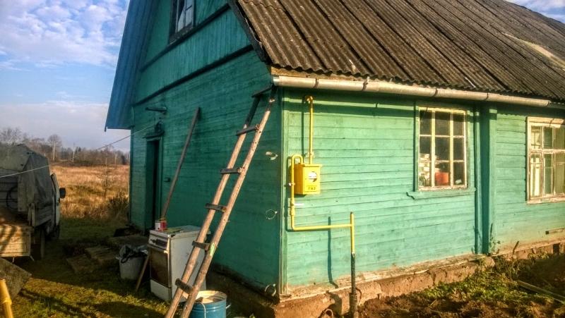 Дом с баней на хуторе у речушки, 2 Га. земли, водопровод и газ